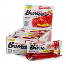 Батончик протеиновый Bombbar - коробка 20 шт., Клубника